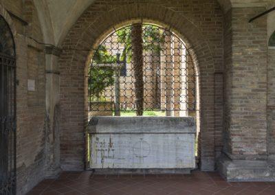 Chiesa San Francesco Cotignola sarcofago