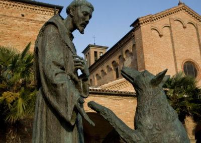 Chiesa di San Francesco Cotignola Statue