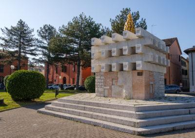 La memoria nel paesaggio, Massa Lombarda, Memoria, Monumento ai caduti partigiani